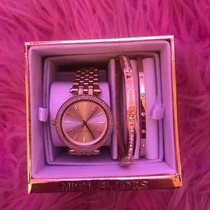 Michael Kors Watch and 2 bracelets!